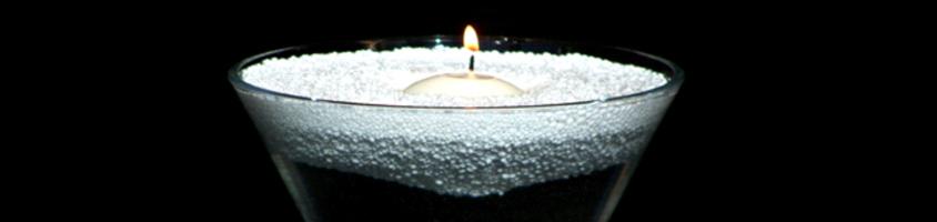 PyroBubbles schwimmen auf der Oberfläche von Flüssigkeiten